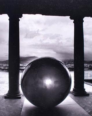 Arnaldo Pomodoro al Forte di Belvedere - arte - scultura - libri