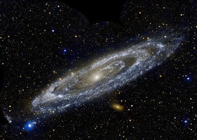 galaksi paling fenomenal