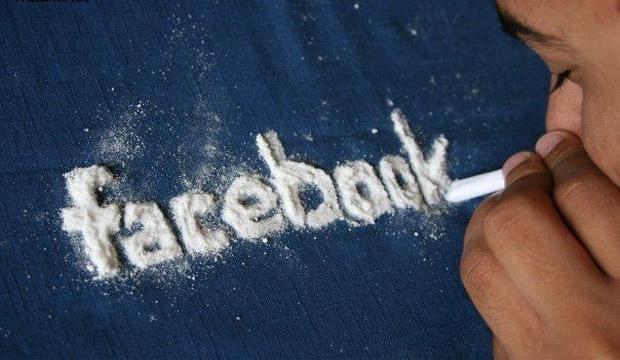 الإدمان على الفيس بوك