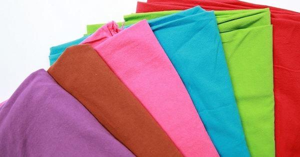 Áo đồng phục có nhiều màu lựa chọn