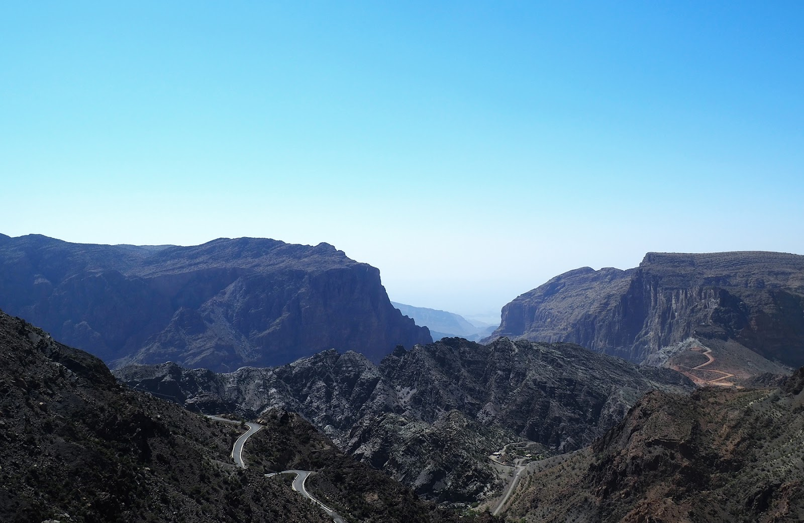 Euriental | luxury travel & style | Diana's lookout, Oman