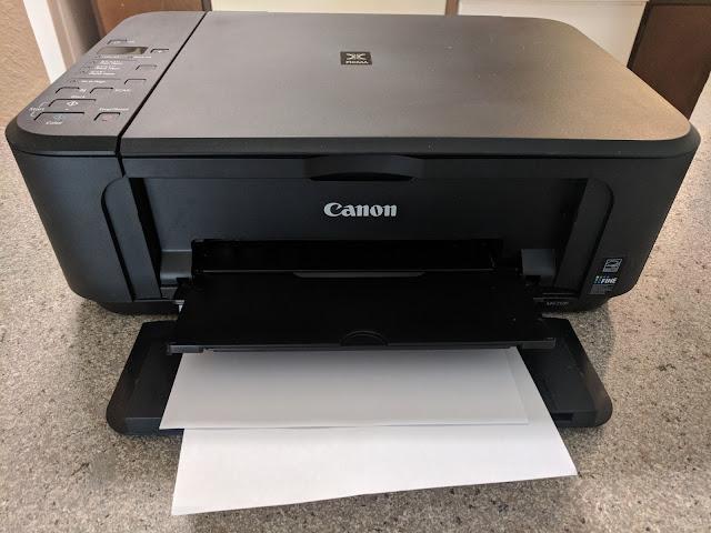 Impresora Canon lista para imprimir.