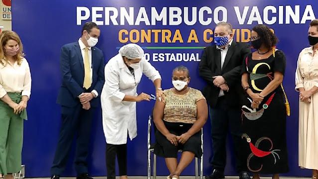 COVID: Pernambuco atinge a marca de 1 milhão de vacinados com a 1ª dose da contra a covid-19