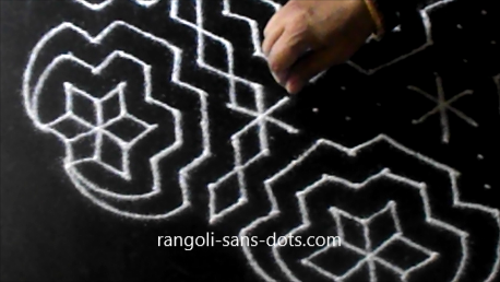 Big-rangoli-with-21-dots-141asf.jpg
