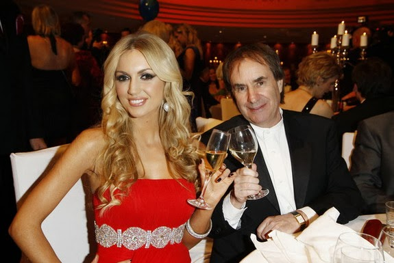 Rosanna Davison is pictured with her father Chris de Burgh, who is also a Liverpool supporter