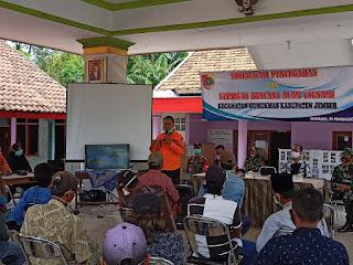 Muspika Gumukmas Gandeng BPBD Jember Gelar Sosialisasi Tsunami