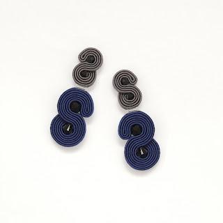 navy-statement-earrings-grey-minimalist
