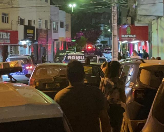 Ao vivo: assalto com reféns no centro de Santa Cruz do Capibaribe