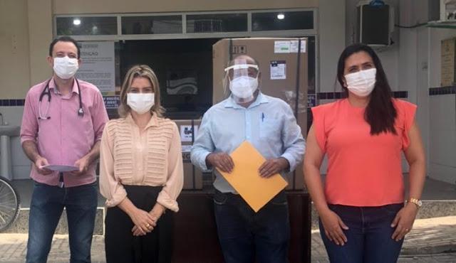 Hospital de Beberibe-CE ganha respirador para combate à Covid-19