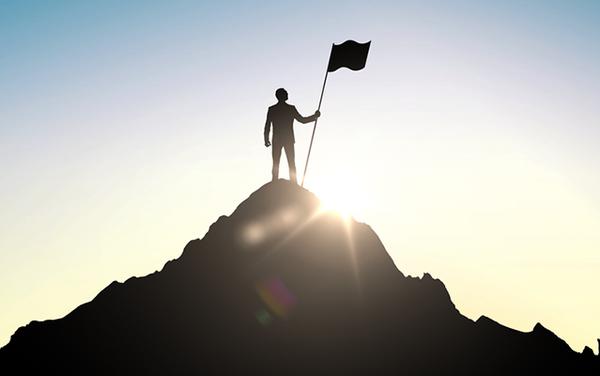 Không phải người ta thành công là mình thành công