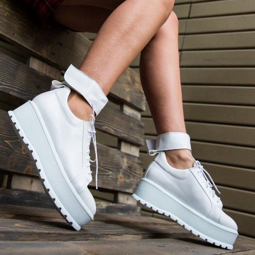 Pantofi casual albi la moda cu talpa groasa