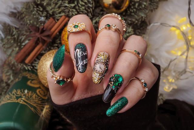 Noworoczne zdobienie paznokci