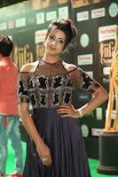 Sanjjanaa Galrani aka Archana Galrani in Maroon Gown beautiful Pics at IIFA Utsavam Awards 2017 59.JPG
