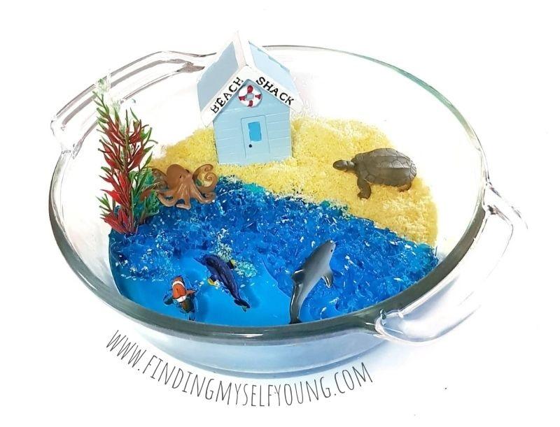 jello beach small world