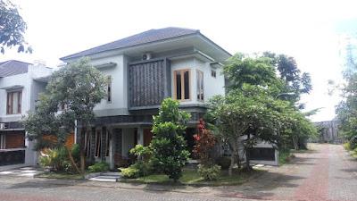 Jual Rumah Mewah 2 Lantai Didalam Perumahan, Jalan Palagan Jogja Utara