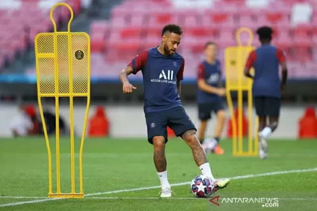 Neymar Telah Kembali Berlatih Sejak Dinyatakan Positif COVID-19