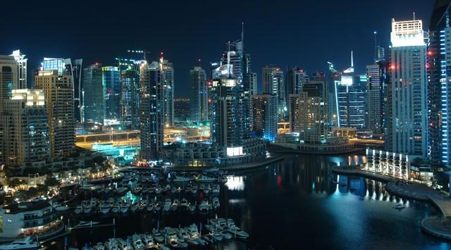 Tujuh Tempat Beli Oleh-oleh di Dubai