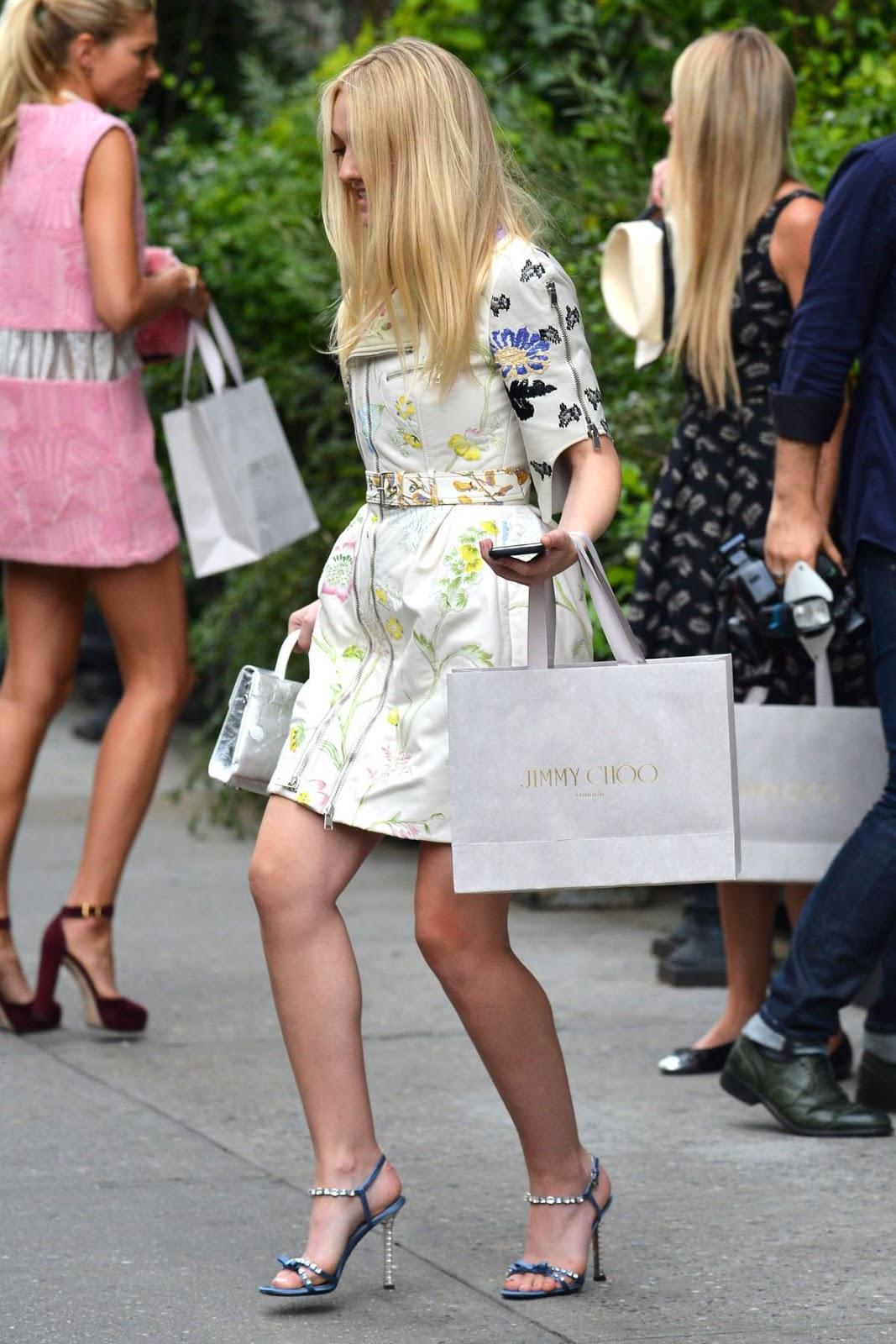 HD Photos of Dakota Fanning Leaves Her Apartment In New York