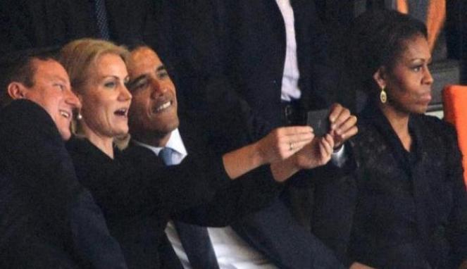 7 Foto Selfie Paling Dikecam Di Dunia