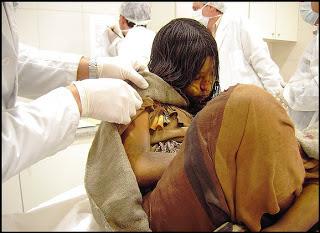 Garota+inca+de+500+anos - Garota Inca encontrada congelada há 500 anos