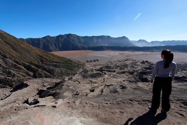El Monte Batok y el mar de arena desde lo alto del Monte Bromo