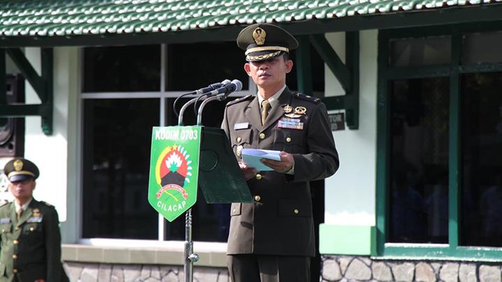 Prajurit TNI dan PNS Kodim 0703/Cilacap Ikuti Upacara Peringatan Hari Lahir Pancasila