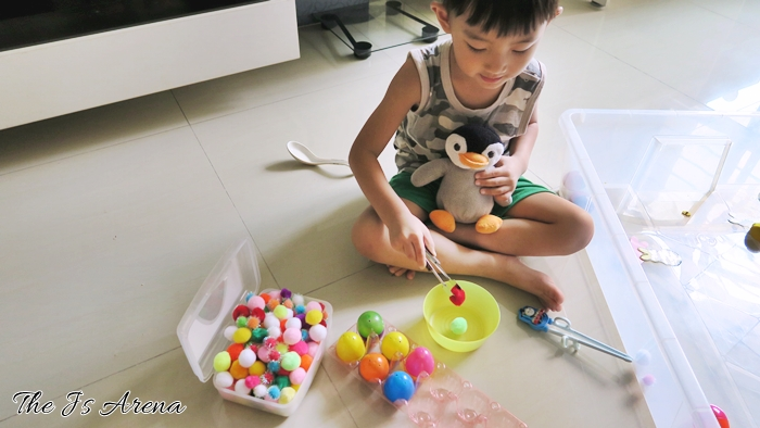 Easter Sensory Bin Pretend Play