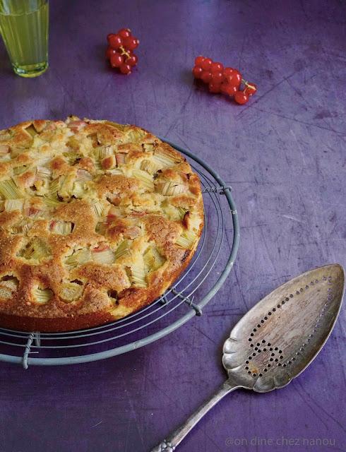 gouter , rhubarbe , massepain , pâte d'amandes , poudre d'amandes , épeautre
