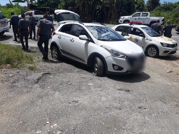 Quadrilha atropela e atira em policiais após roubo a imobiliária em SP