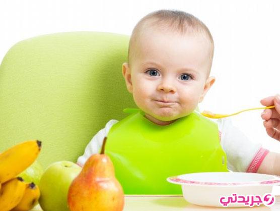السن المناسب لتقديم الطعام لرضيعك مع نصائح ووصفات شهية له