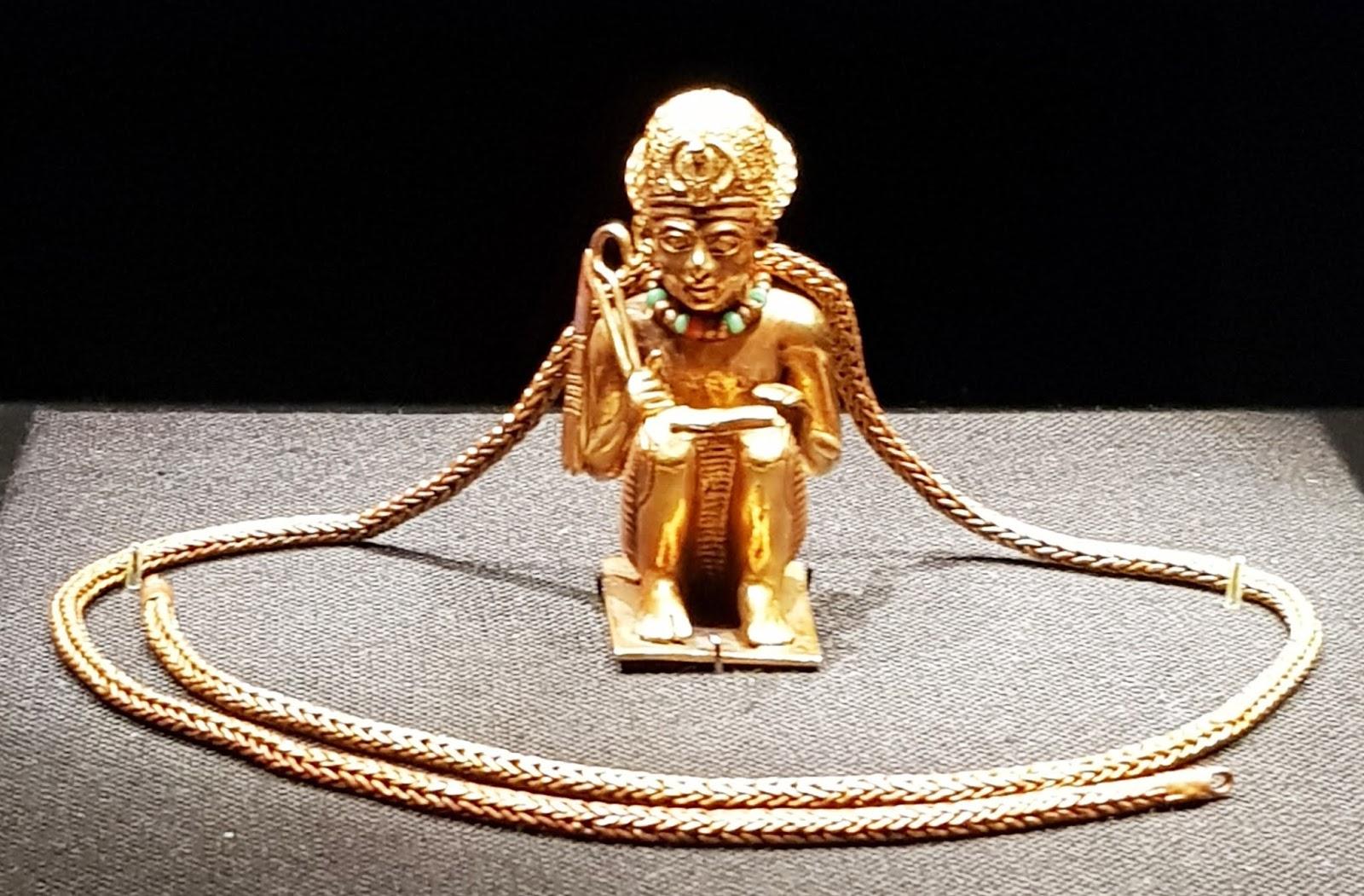 Amulet of Amenhotep III at the Tutankhamun Exhibition in London