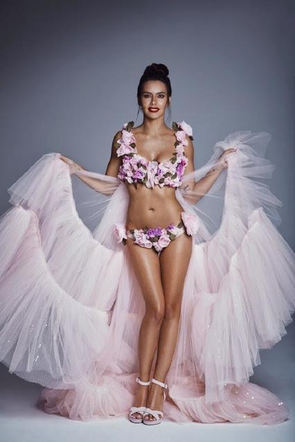 Bikini floral de Cristina Pedroche 2018
