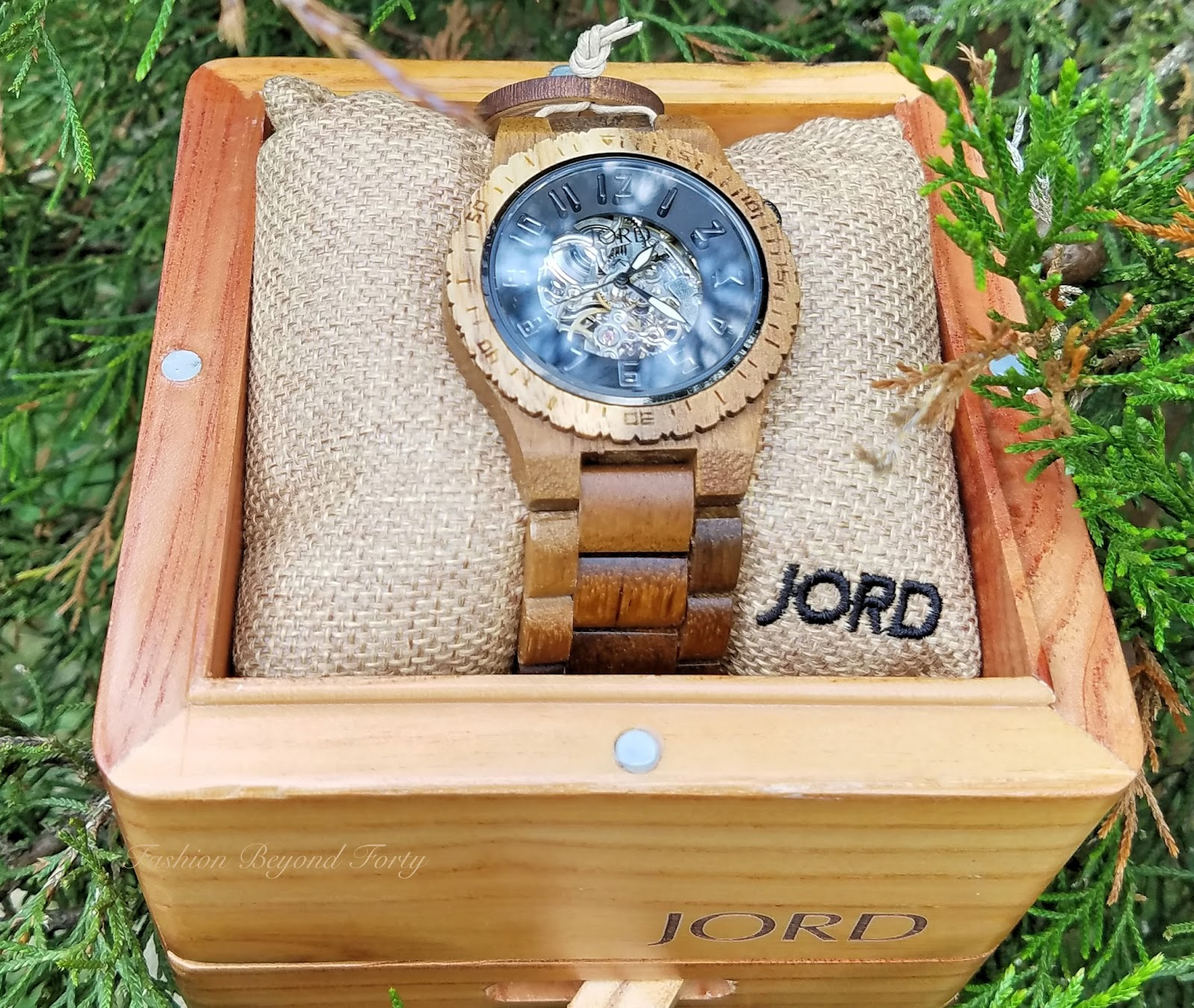 Give Your Someone Special Something Unique This Fall, Handsome Jord Wood Wrist Watches Plus Enter A Giveaway That Everyone Wins!