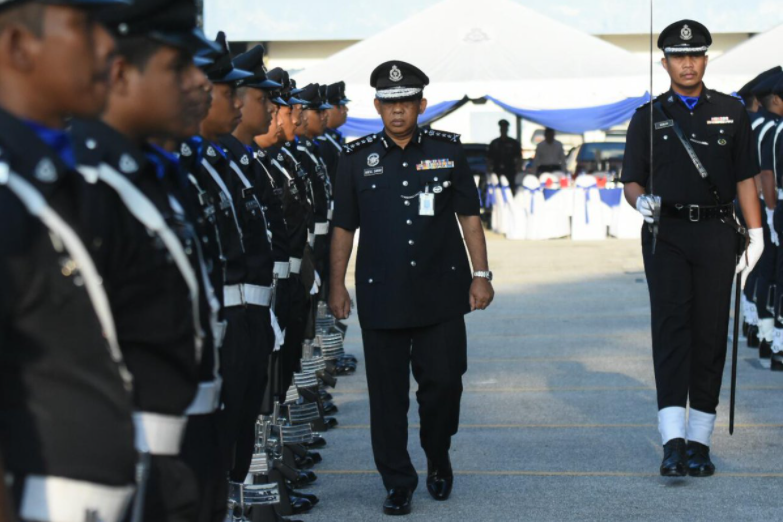 Perbarisan Anggota Polis