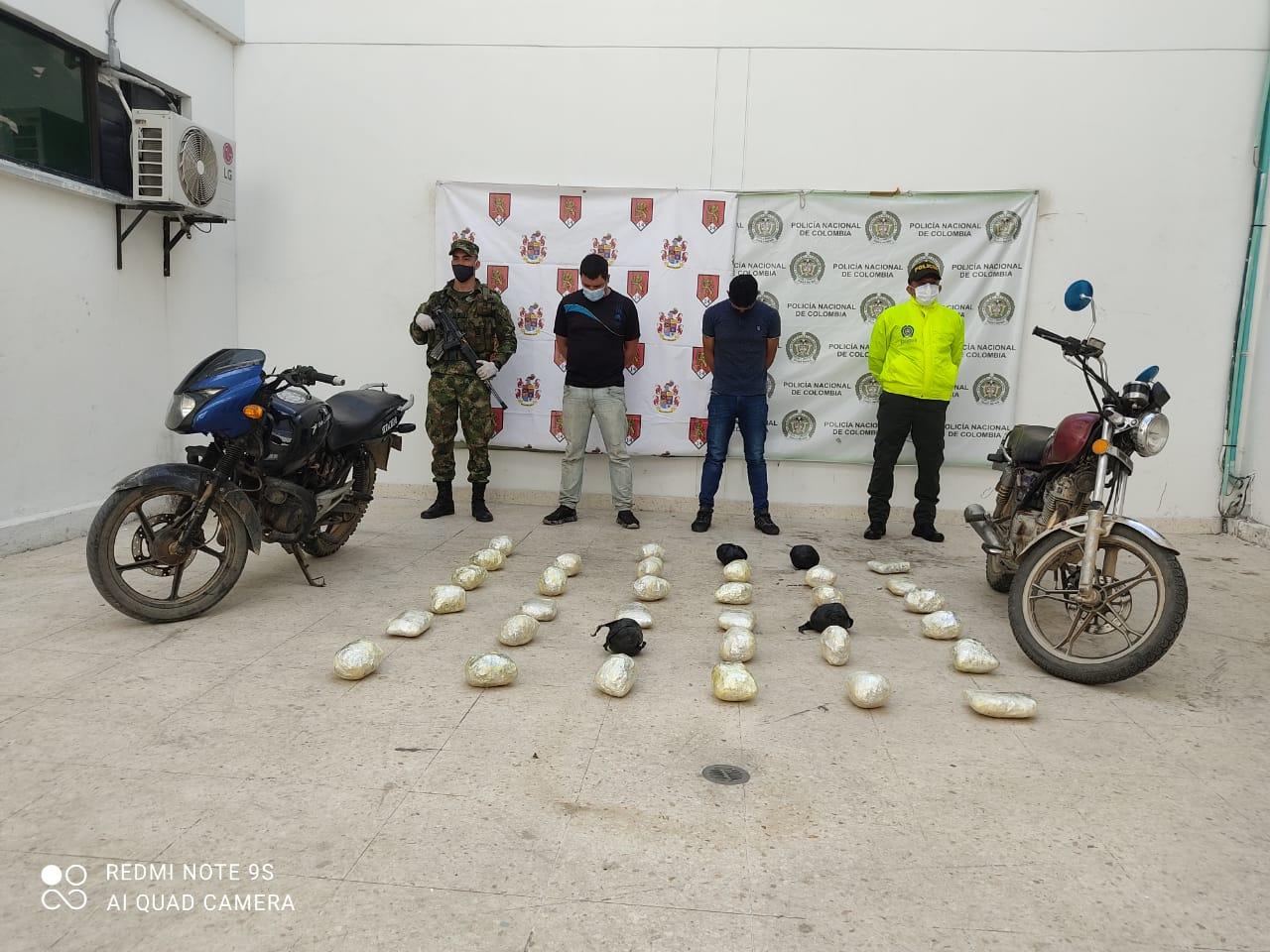 hoyennoticia.com, Se cayeron con 35 kilos de base de coca