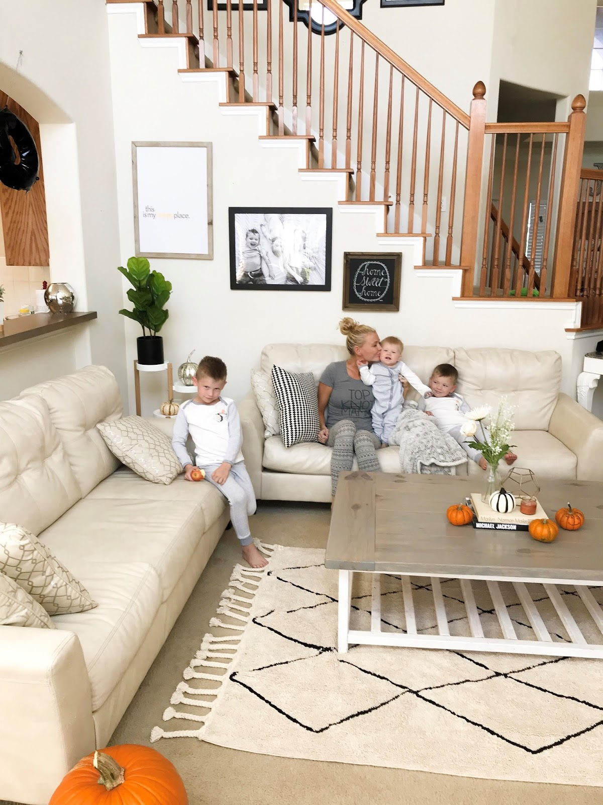 Sincerely Stevie: A little living room makeover for fall + our new ...