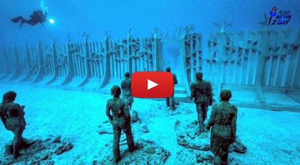 شاهد الفيديو ... جدار غامض تحت الماء يحيط بالكوكب بأكمله