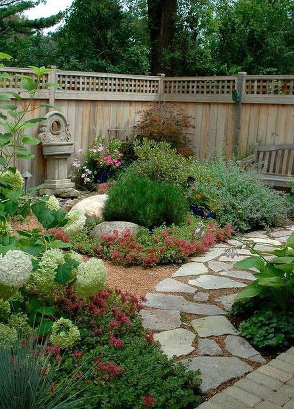 Beautiful Backyard Landscaping Idea