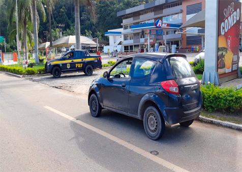 PRF recupera veículo furtado em 2018 na BR-262 em Manhuaçu