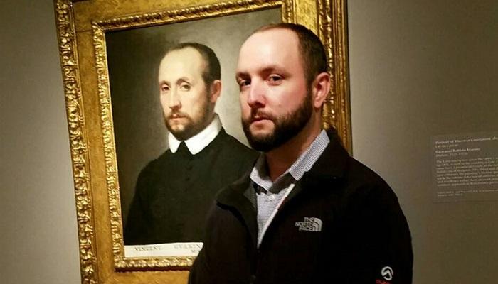 10 Orang Ini Bertemu Kembaran Mereka di Museum