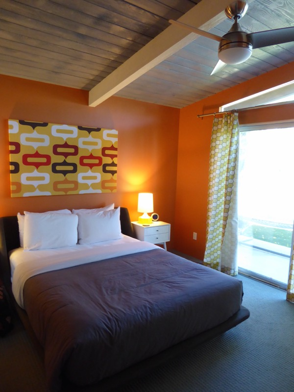 Palm Springs Twin Palms vacation rental bedroom