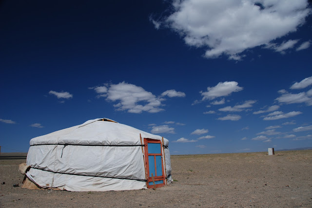 Mongolian ger, Gobi Desert