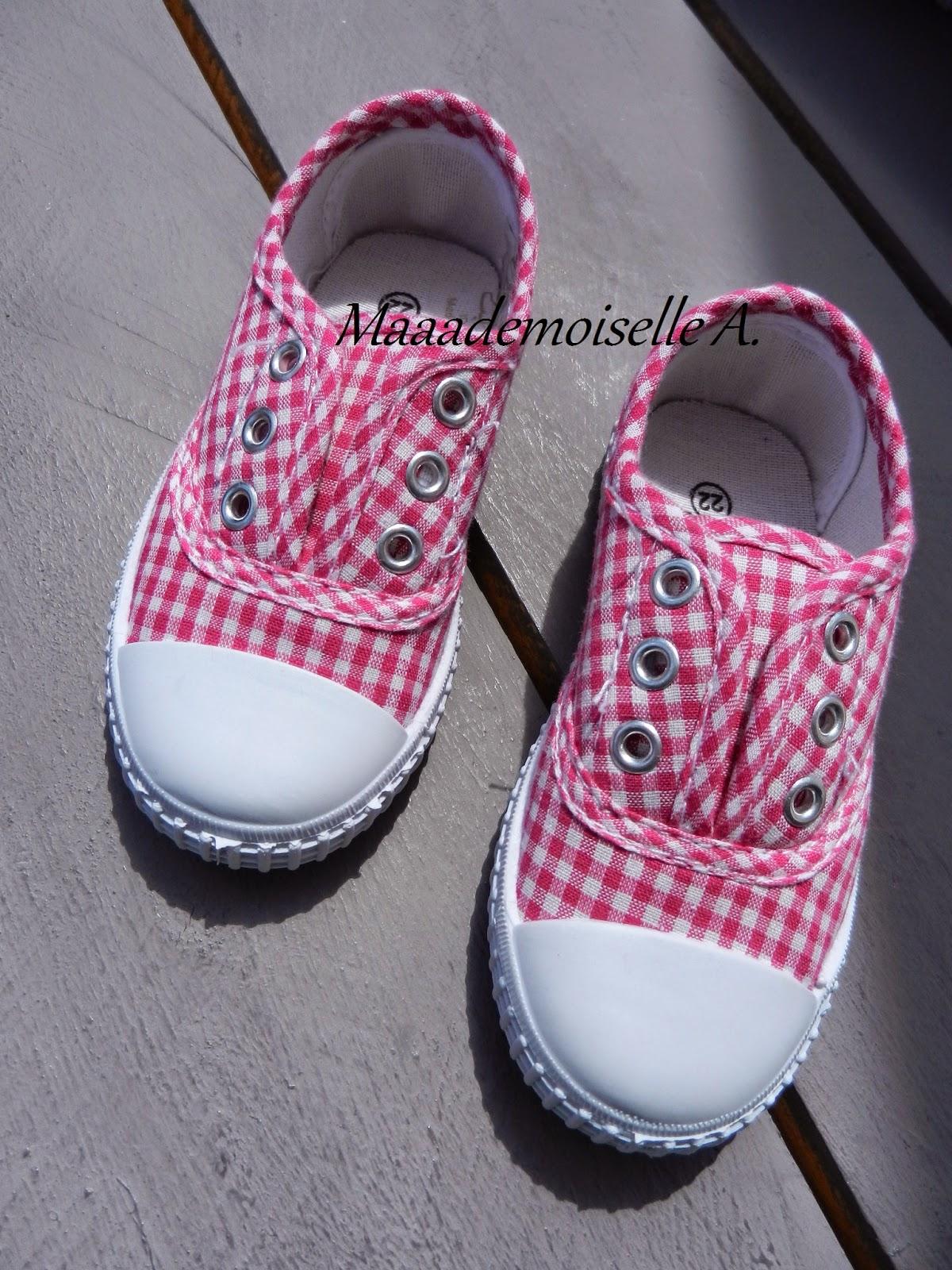 chaussures vichy rouge bébé