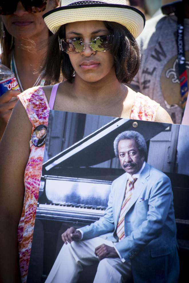 Allen Toussaint honored with second-line, memorial at Fair Grounds #JazzFest #NOLA