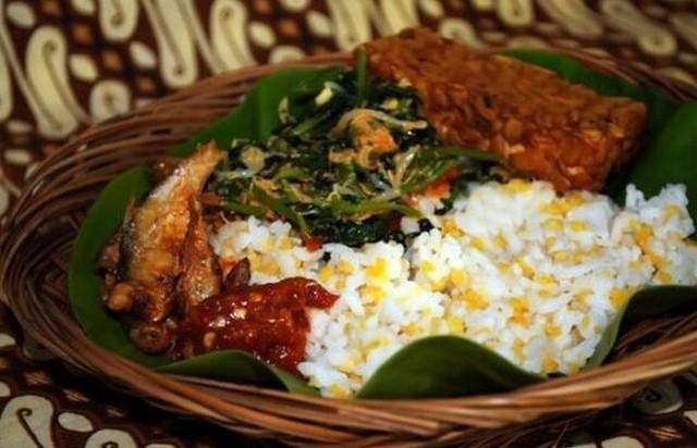 Nasi Glepung;5 Kuliner Khas Probolinggo Nikmat dan Lezat