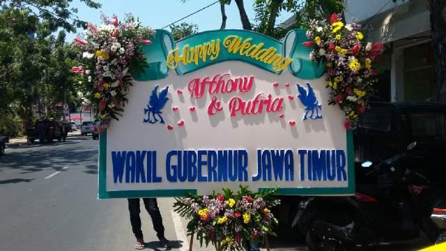jual papan bunga surabaya, papan bunga pernikahan surabaya, beli bunga papan di surabaya