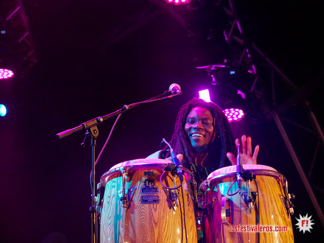 Pat Thomas & Kwashibu Area Band con su highlife contagiante