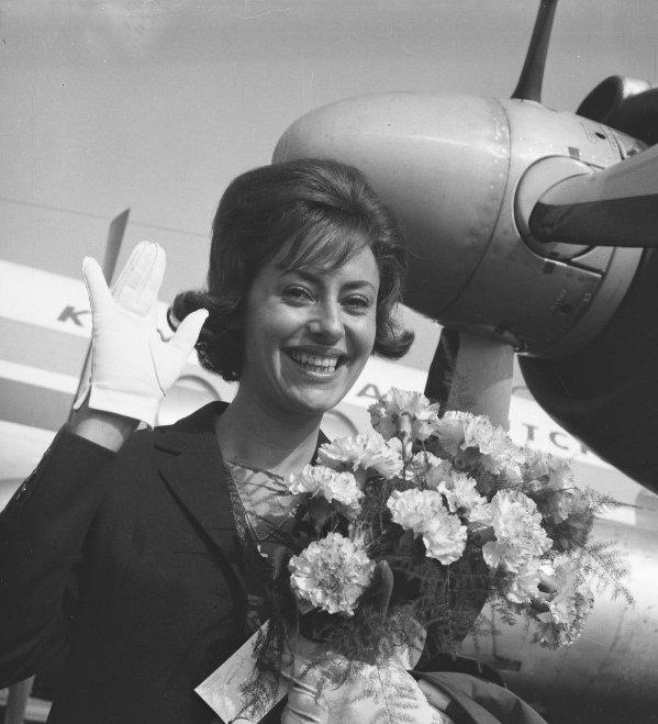 International Pop in Brazil: CATERINA VALENTE 1955 - 1961