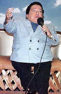 NOSSA JOVEM GUARDA: Cantor Nelson Ned 'O pequeno gigante da canção'