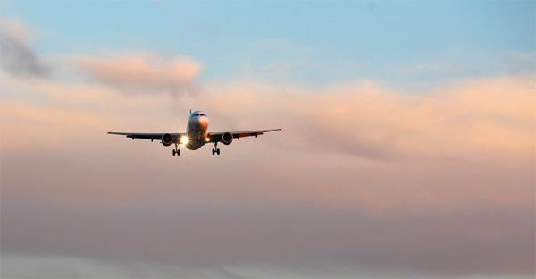 Chartered flight from Karipur to Abu Dhabi was accompanied by a passenger, Kozhikode, News, Flight, Passenger, Abu Dhabi, Family, Kerala